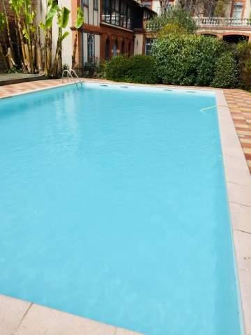 Entretien de piscine en période estivale à Toulouse et son agglomération